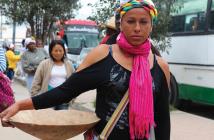 """Las mujeres cumplen un papel fundamental en la lucha contra la minería ilegal, como se evidencia en la investigación sobre """"La Resistencia""""."""