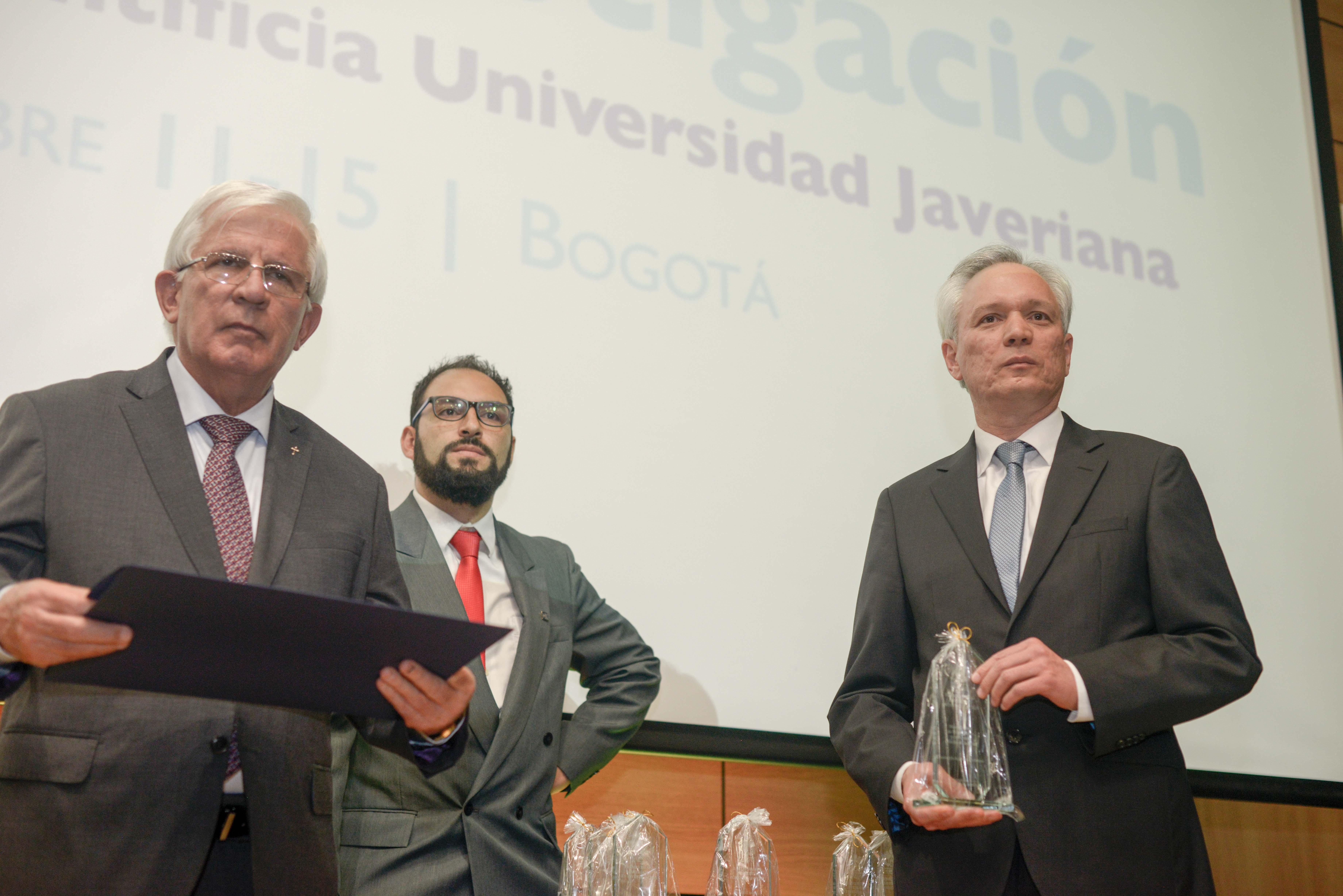 La Javeriana premia a sus investigadores