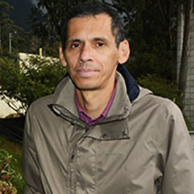 Carlos Devia